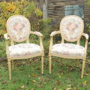 Louis XVI stoelen met Gobelinweefsel